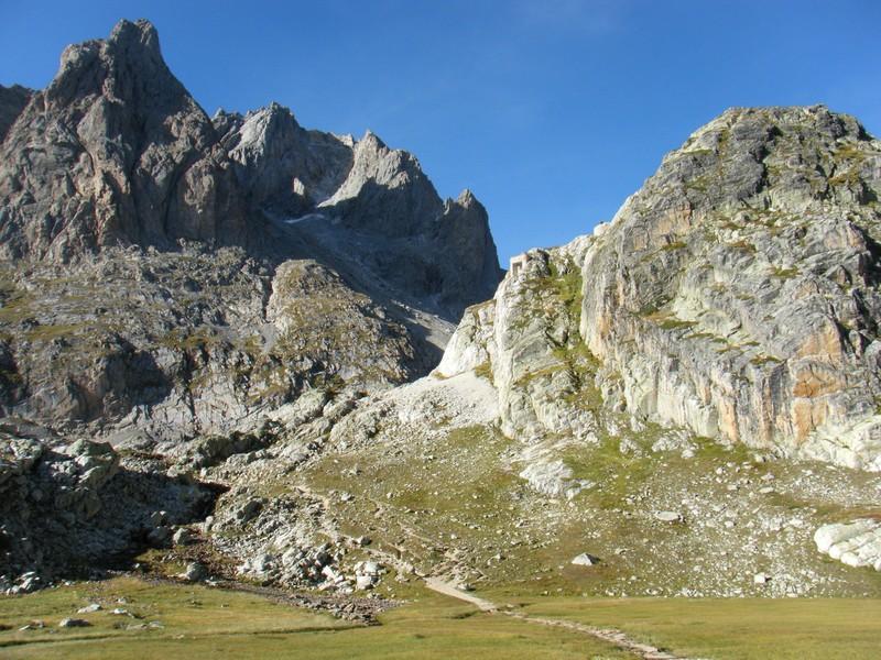 Le Passage du Seuil des Rochilles.(versant Drayères). ©